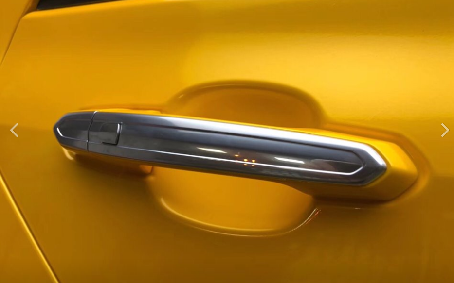 1811 SUPER GLOSSY METALLIC GOLD YELLOW